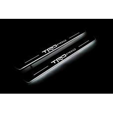 """Накладки на пороги з підсвіткою Toyota Tacoma III 2016+ з логотипом """"TRDpro"""" (rear doors) - (тип Static)"""